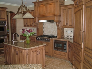Custom kitchen by Ayr Custom Cabinetry, Nappanee, IN